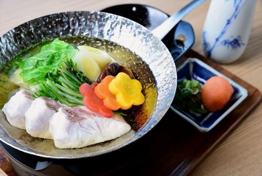 ワインとお酒と和心料理 Takasaki