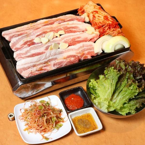 韓国料理 焼肉専門店 福ブタ屋