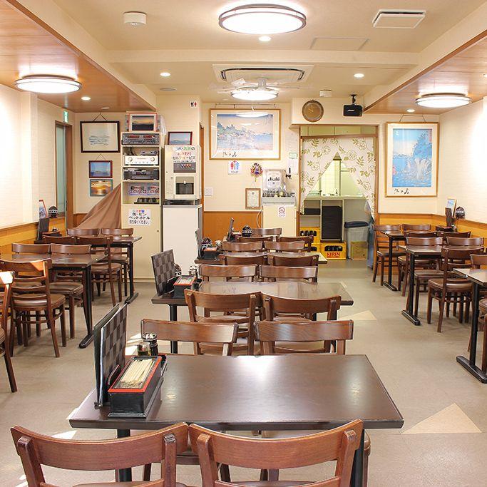アットホームな雰囲気の食堂
