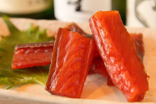 食べるべき一品/鮭とばの炙り(余市産)