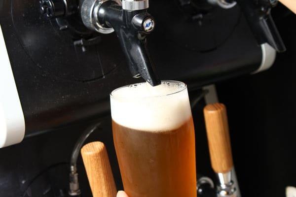 一番人気のもつ鍋とビールを一緒に!旬のクラフトビール導入!!
