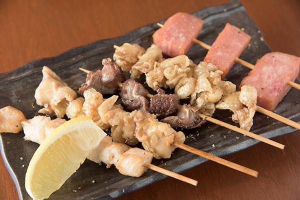 人気の肉の串揚げ5種盛り